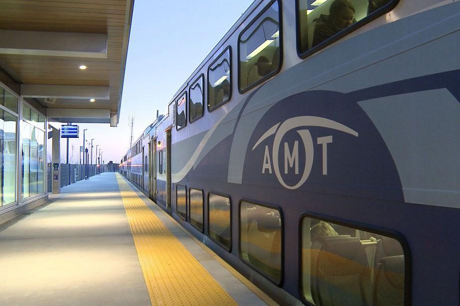Les usagers des trains de banlieue de... (Photo archives La Presse)