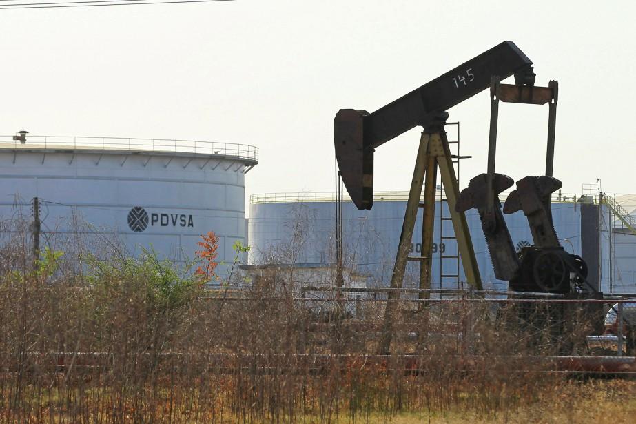 Les réserves commerciales de brut ont, quant à... (Photo Isaac Urrutia, archives Reuters)