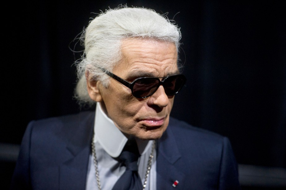 Karl Lagerfeld en 2011.... (Photo FRED DUFOUR, archives AFP)