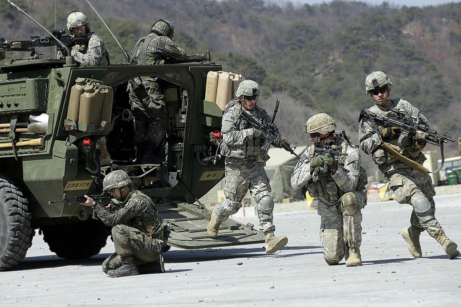Des soldats américains participent à un exercice militaire... (Photo Lee Jin-man, archives Associated Press)