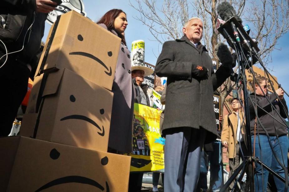 Jimmy Van Bramer, membre du conseil municipal de... (PHOTO BEBETO MATTHEWS, ASSOCIATED PRESS)