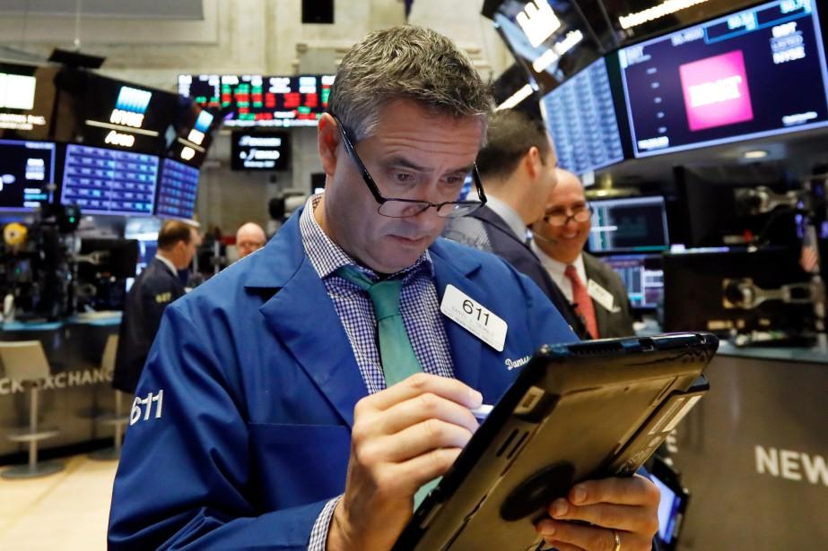 Le Dow Jones prenait 0,54% et le NASDAQ... (PHOTO RICHARD DREW, AP)