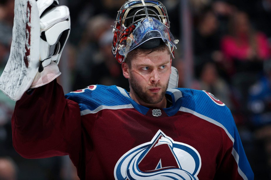 Semyon Varlamov... (PHOTO DAVID ZALUBOWSKI, ARCHIVES AP)