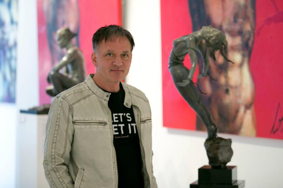 Le peintre et sculpteur André Desjardins près de... (PHOTO FRANÇOIS ROY, LA PRESSE)