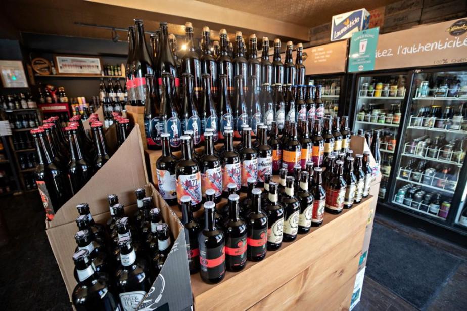 Les clients des détaillants spécialisés en bière veulent... (PHOTO PATRICK SANFAÇON, LA PRESSE)