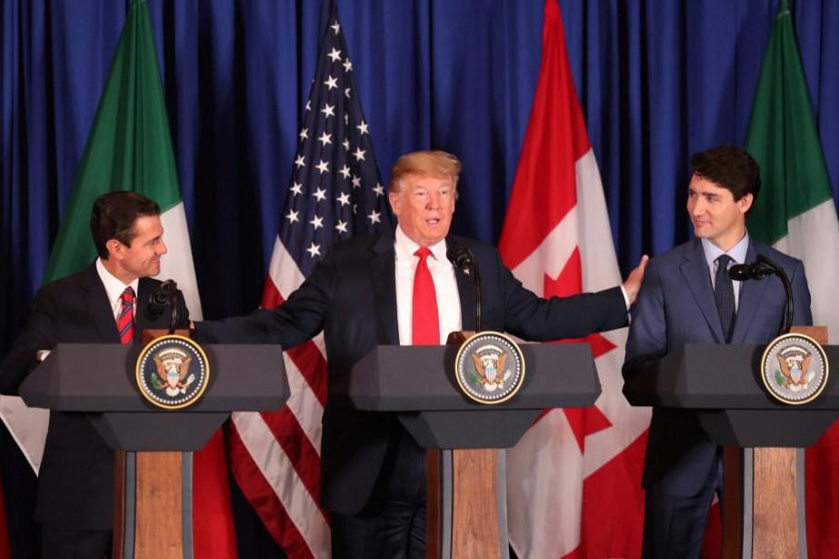 Enrique Peña Nieto, président du Mexique, Donald Trump,... (PHOTO MARTIN MEJIA, ARCHIVES ASSOCIATED PRESS)
