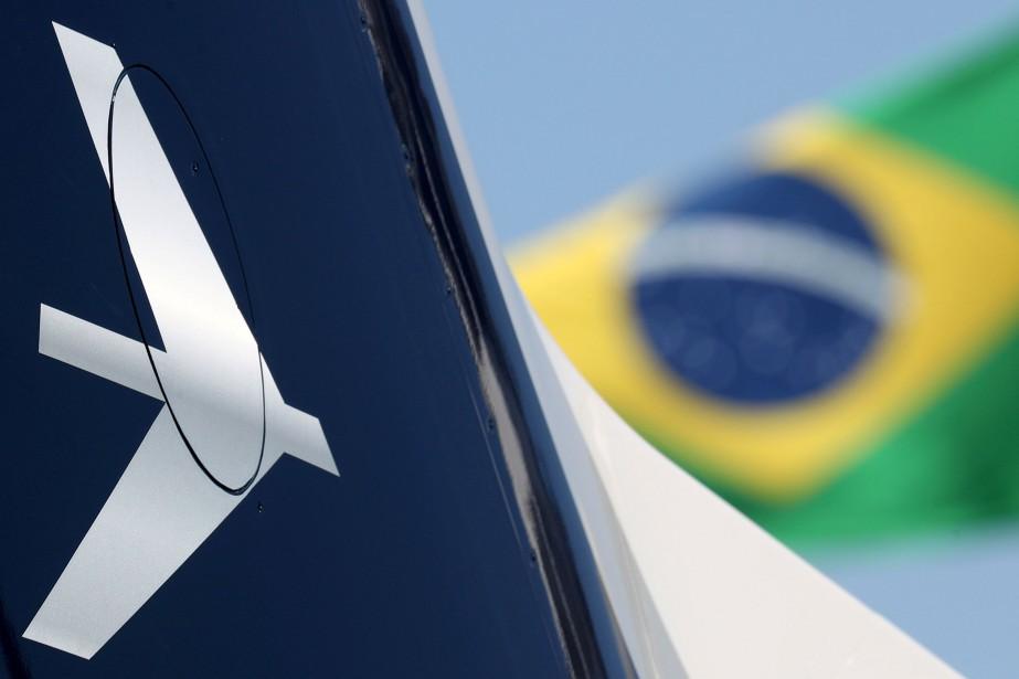 L'accord prévoit que Boeing prenne le contrôle des... (PHOTO PAULO WHITAKER, REUTERS)