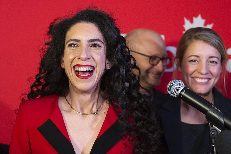 Rachel Bendayan, peu après sa victoire à l'élection... (PHOTO PAUL CHIASSON, PC)