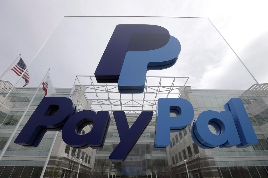 55% des répondants ont commencé à utiliser PayPal... (PHOTO JEFF CHIU, LA PRESSE CANADIENNE)