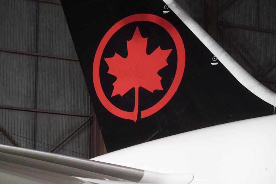 L'entente de 10 ans prévoit de nouvelles cartes... (PHOTO MARK BLINCH, LA PRESSE CANADIENNE)