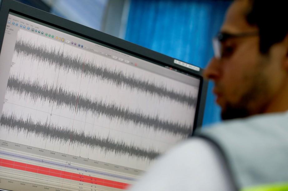 Selon le ministère, le tremblement de terre a... (PHOTO LUISA GONZALEZ, REUTERS)