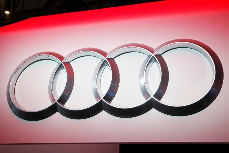 L'emblème Audi bien en vue au stand du... (PHOTO PIERRE ALBOUY, REUTERS)