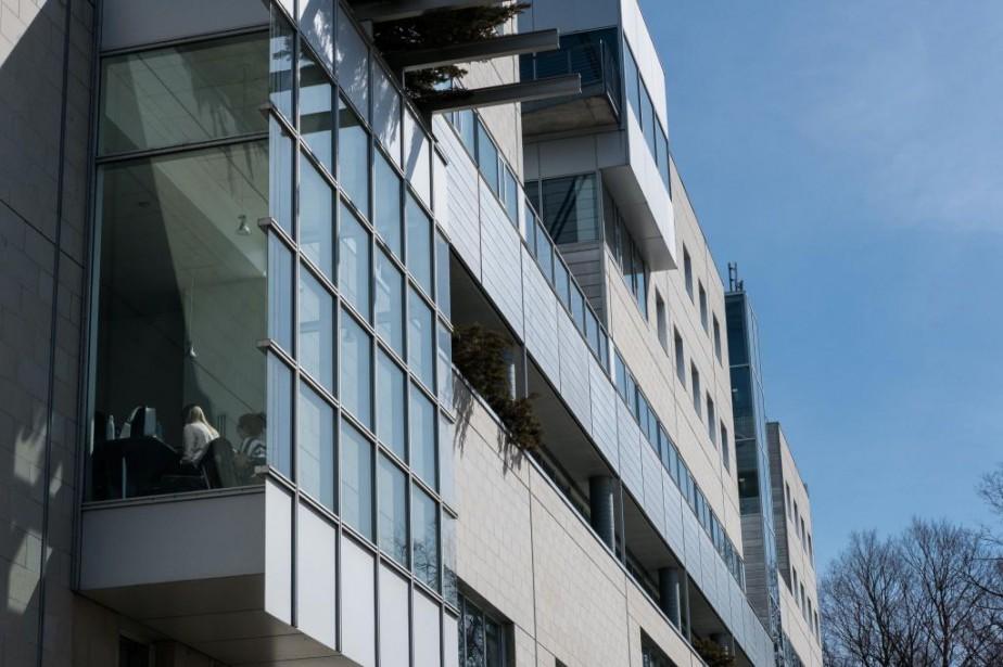 HEC Montréal (photo) et l'École nationale d'administration publique... (PHOTO EDOUARD PLANTE-FRÉCHETTE, LA PRESSE)