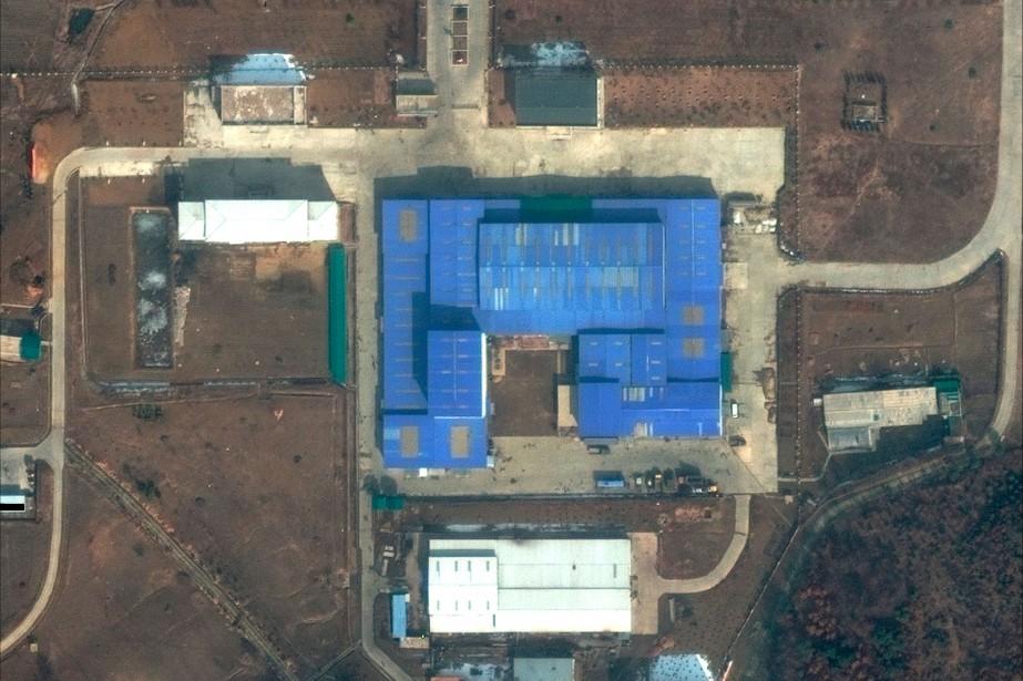 Sur cette image satellite captée le 22février, on... (IMAGE FOURNIE PAR DIGITALGLOBE VIA AP)