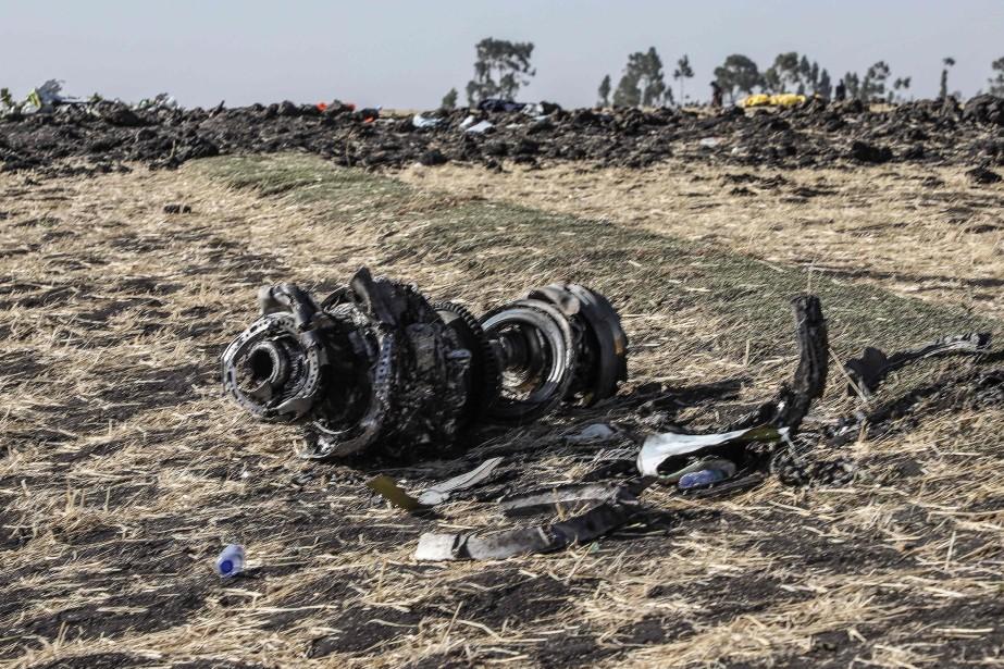 Un débris du Boeing737 qui s'est écrasé en... (PHOTO MICHAEL TEWELDE, AFP)