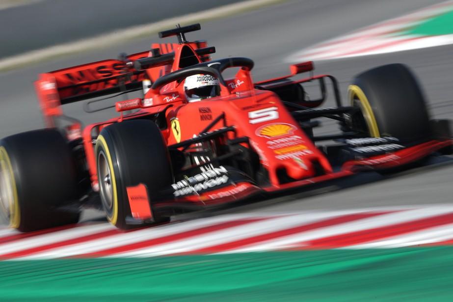 Ferrari n'a pas gagné le championnat depuis des... (PHOTO ALBERT GEA, REUTERS)