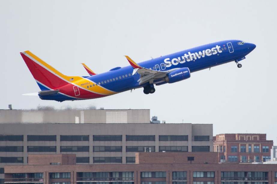Un Boeing 737 MAX 8 de compagnie Southwest... (PHOTO ANDREW CABALLERO-REYNOLDS, AGENCE FRANCE-PRESSE)