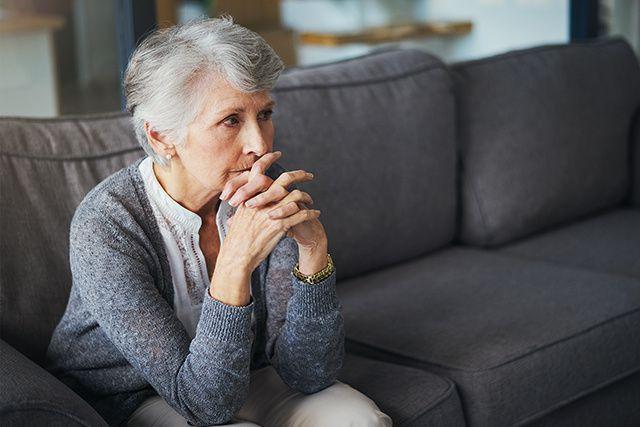 La maltraitance envers les aînés peut se traduire non seulement par de la...