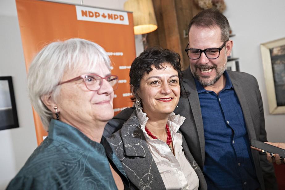 NimaMachouf (au centre) a été présentée mercredi par... (PHOTO PATRICK SANFAÇON, LA PRESSE)