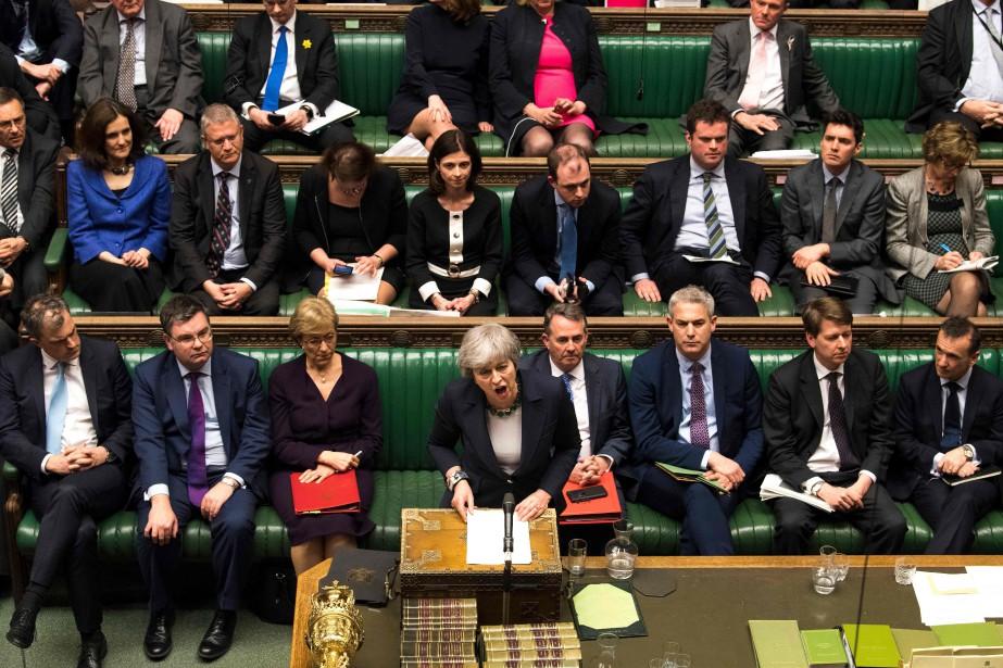 Les députés britanniques ont rejeté mercredi soir de justesse une... (PHOTO AFP)