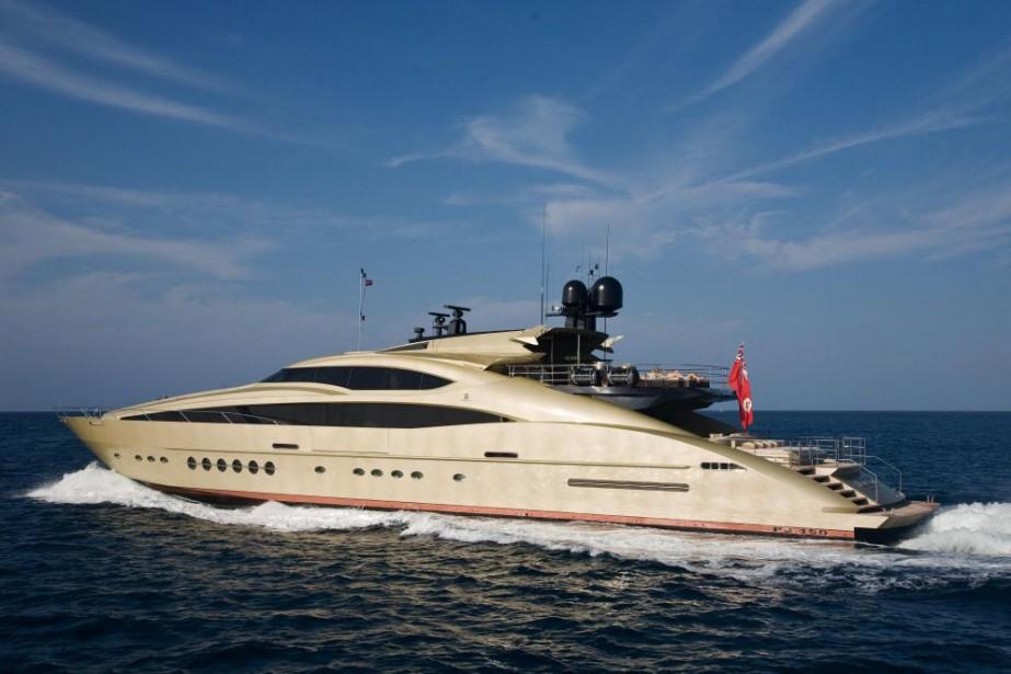 Un yacht de 39millions dedollars aurait été offert... (PHOTO TIRÉE DE L'INTERNET)