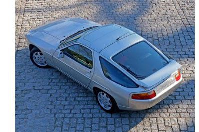 Cette Porsche 928 a appartenu à Johnny Hallyday.... (PHOTO FOURNIE PAR LA MAISON DE VENTES AGUTTES)