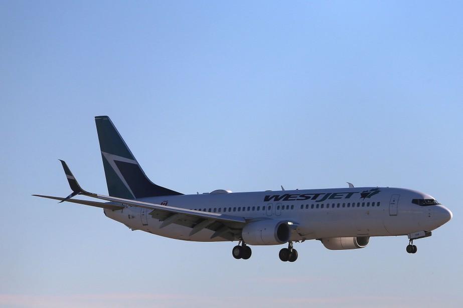 Les 13appareils Boeing737 Max8 de WestJet sont maintenant... (PHOTO BEN NELMS, REUTERS)