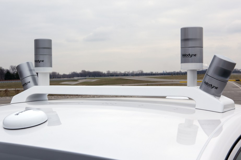 Des lidars sur le toit d'une voiture autonome... (PHOTO FORD)
