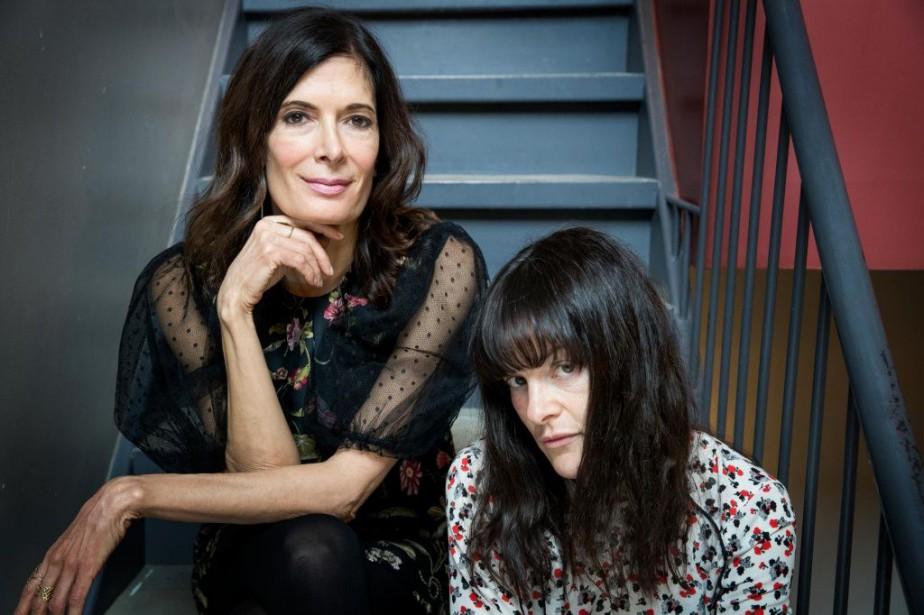 Anne-Marie Cadieux et Sophie Cadieux incarnent respectivement Petra... (PHOTO MARCO CAMPANOZZI, LA PRESSE)