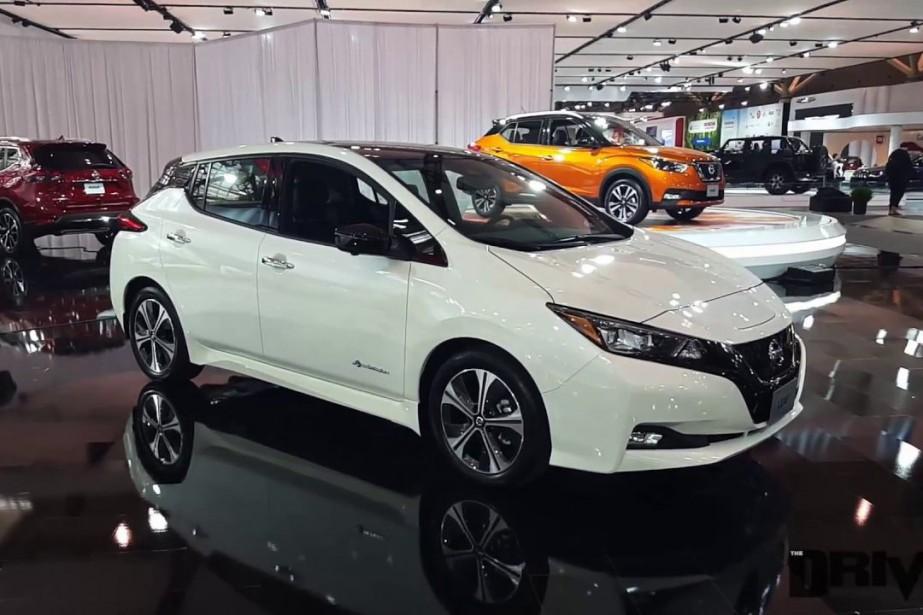 Une Nissan Leaf tout électrique....