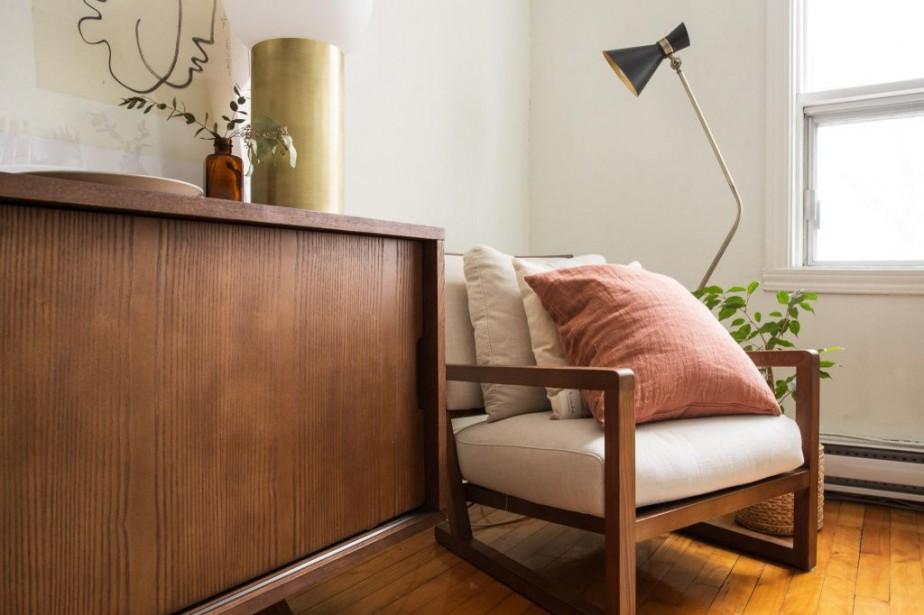 Les meubles en teck s'accordent bien au type... (PHOTO HUGO-SÉBASTIEN AUBERT, LA PRESSE)