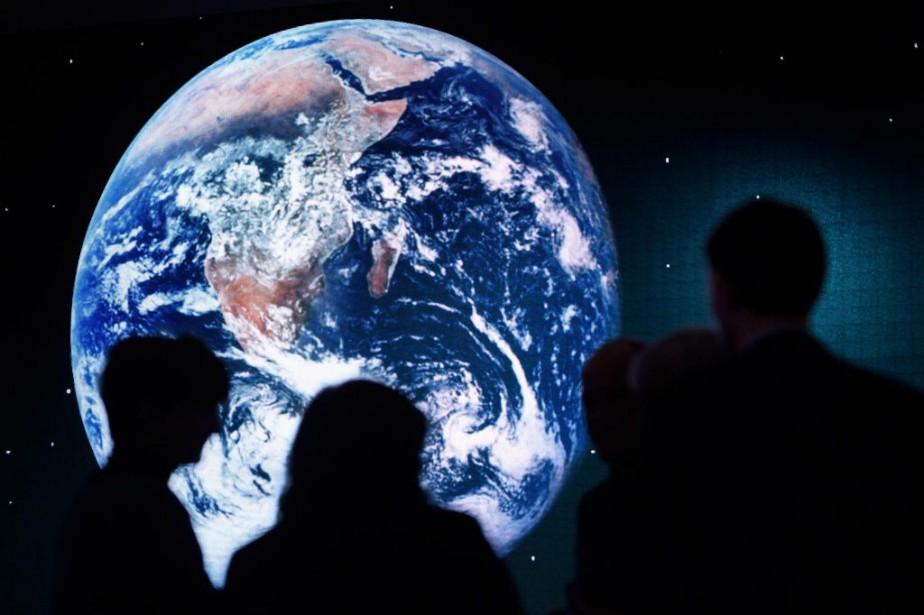 Les flat earthers croient que «nous n'avons jamais...