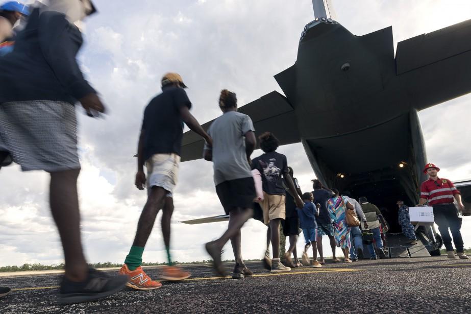 L'armée et la police ont déjà procédé à... (PHOTO CPL TRISTAN KENNEDY, AFP)