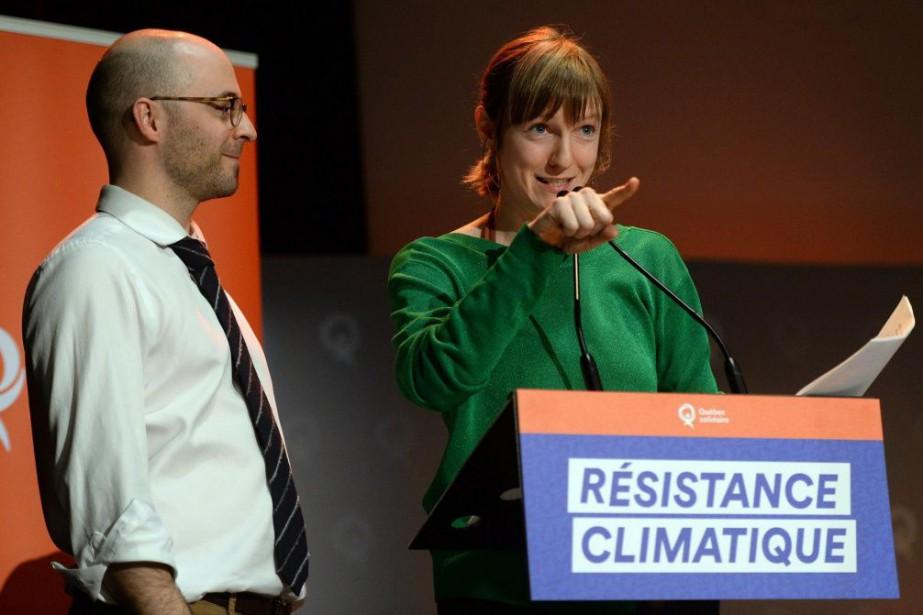 Sol Zanetti et Catherine Dorion,députés de Québec solidaire,à... (PHOTO ERICK LABBÉ, LE SOLEIL)