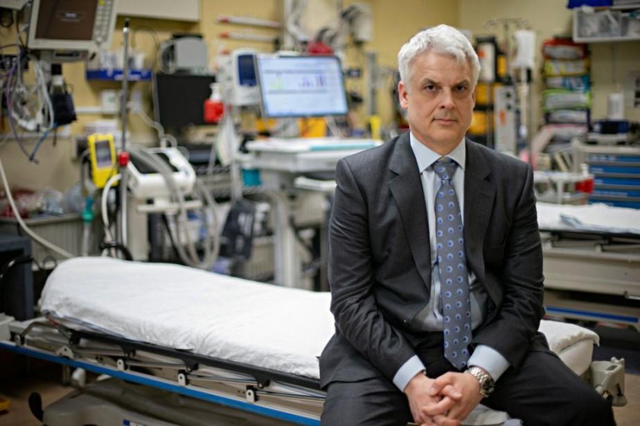 Le Dr Andrew Beckett milite au sein de... (PHOTO DAVIDBOILY, LA PRESSE)