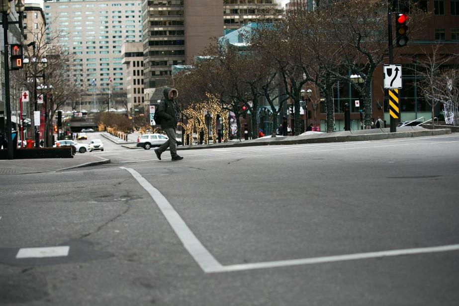 Des entraves à la circulation sont à... (PHOTO MARTIN TREMBLAY, LA PRESSE)