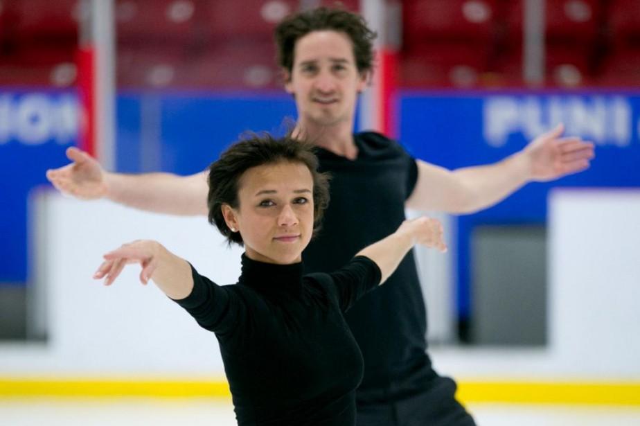 Lubov Ilyushechkina etCharlieBilodeau s'entraînent à l'aréna Martin-Brodeur de... (PHOTO FRANÇOISROY, LA PRESSE)