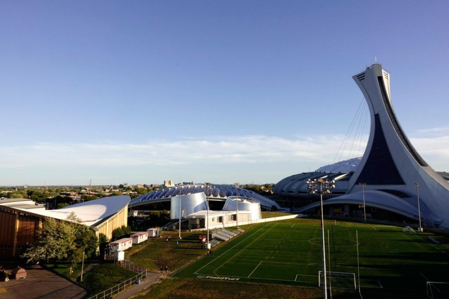 Le complexe olympique, qui a une valeur à... (PHOTO BERNARDBRAULT, ARCHIVES LA PRESSE)