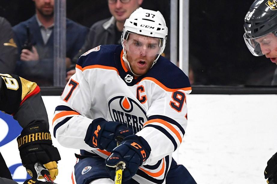 La troisième exclusion des Oilers des séries lors... (PHOTO STEPHEN R. SYLVANIE, USA TODAY SPORTS)