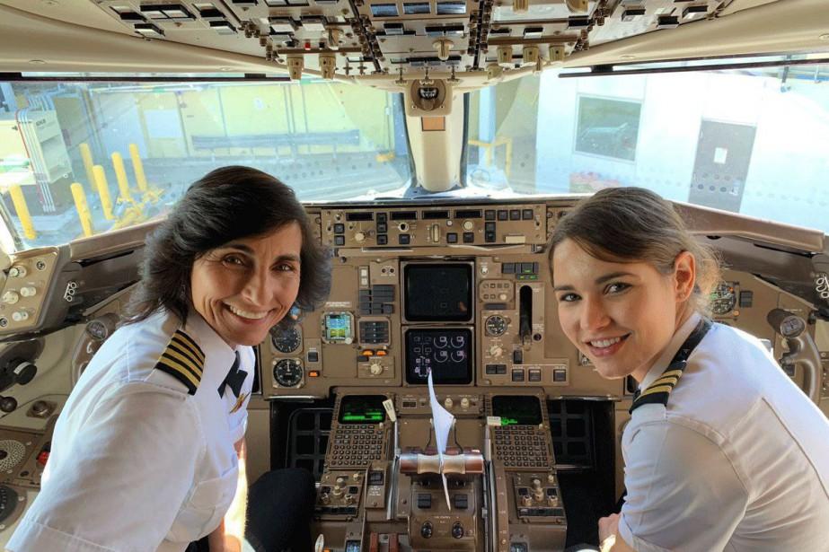 La pilote Wendy Rexon et sa fille Kelly... (PHOTO TIRÉE DU COMPTE TWITTER DE JOHN R. WATRET)