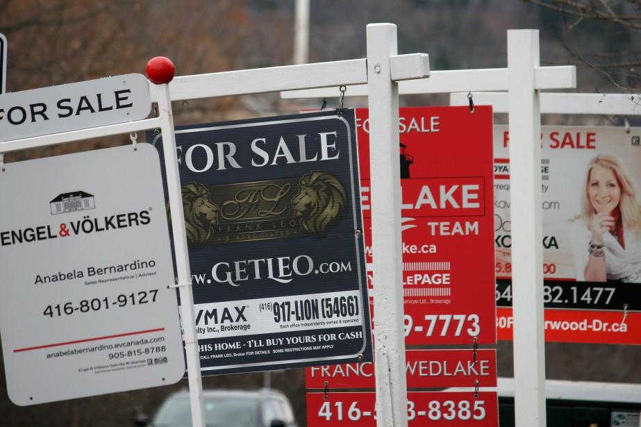Le prix moyen de vente pour le mois... (PHOTO RICHARD BUCHAN, LA PRESSE CANADIENNE)
