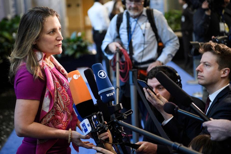 La ministre des Affaires étrangères, Chrystia Freeland, a... (PHOTO BRENDAN SMIALOWSKI, AFP)