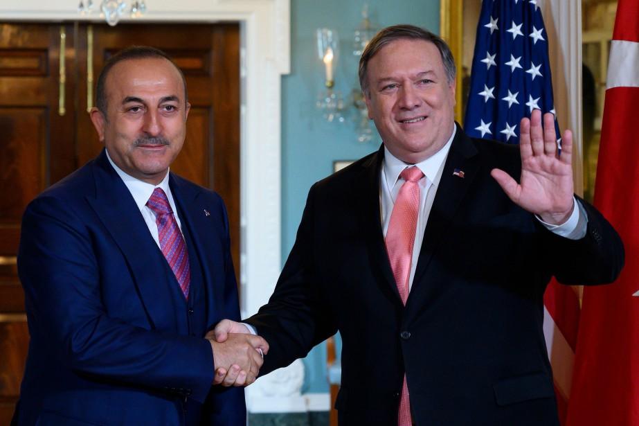 Le ministre des Affaires étrangères turc Mevlüt Cavusoglu... (PHOTO AFP)