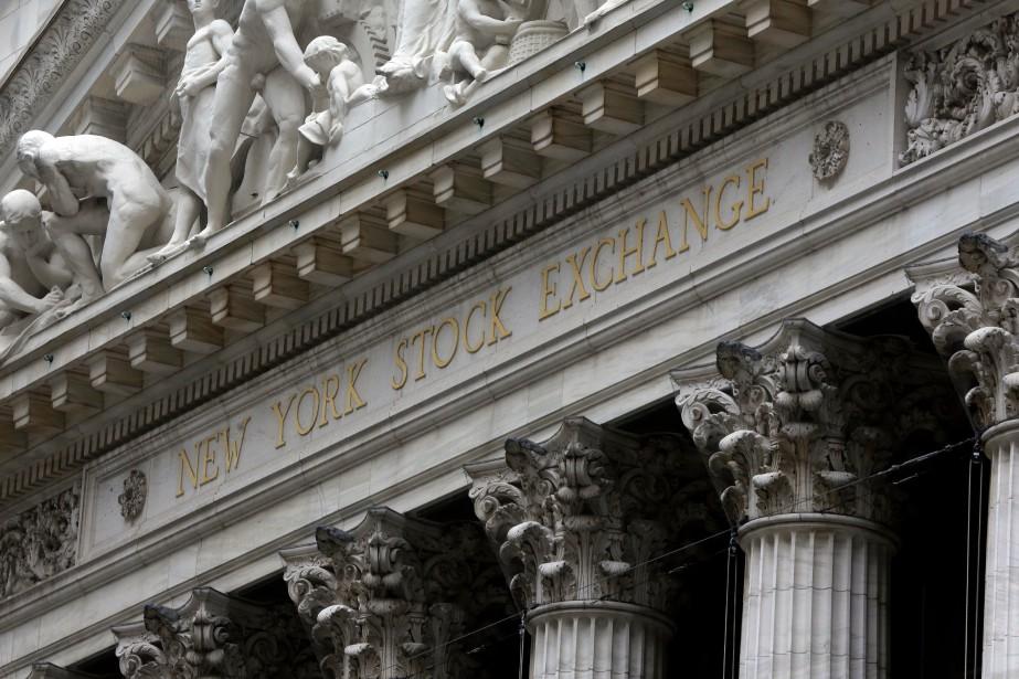 Les indices de Wall Street ont terminé... (PHOTO RICHARD DREW, ARCHIVES AP)