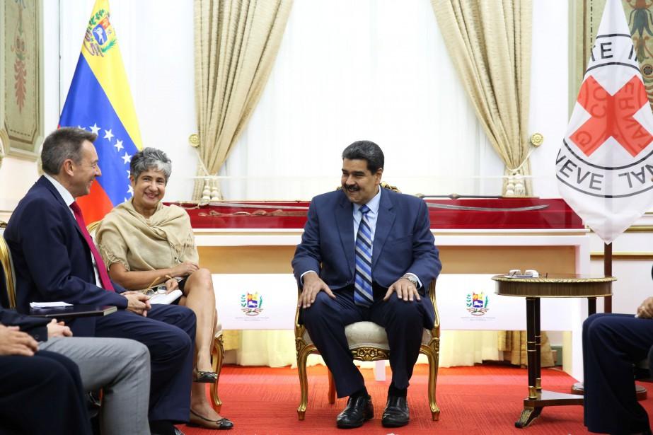 Le président Nicolas Maduro a annoncé mercredi qu'un... (PHOTO HANDOUT, REUTERS)