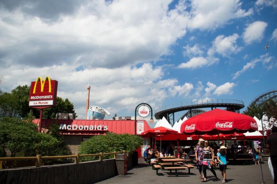 Inauguré en 1984, le McDonald's de La Ronde... (PHOTO NINON PEDNAULT, ARCHIVES LA PRESSE)