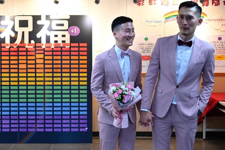 Taïwan célèbre les premiers mariages homosexuelsen Asie | Asie et Océanie