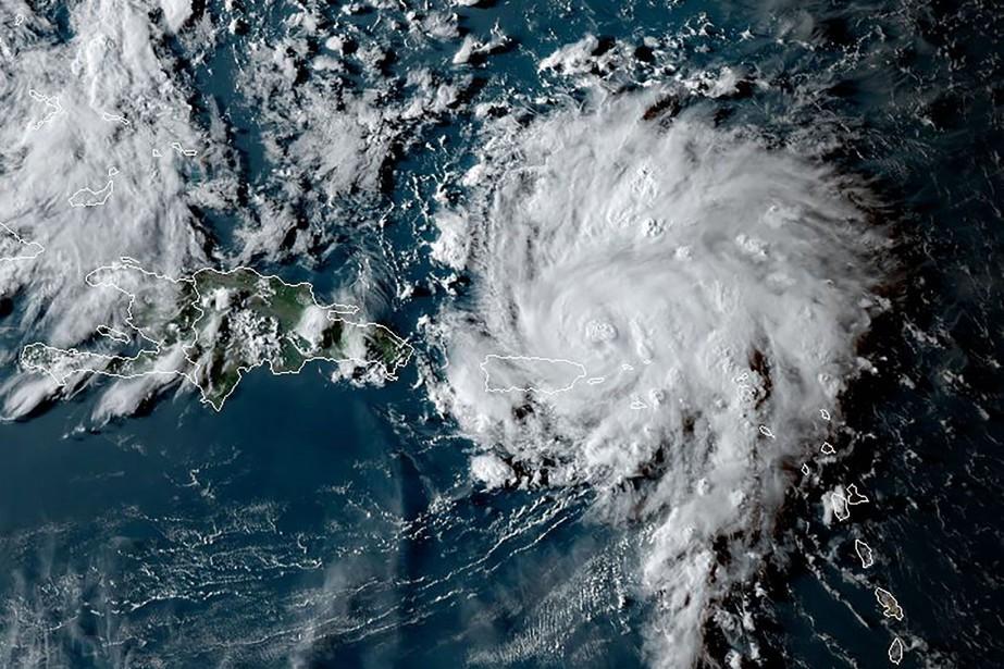 Dorian devrait toucher la Floride à la fin... (PHOTO JOSE ROMERO, AFP)