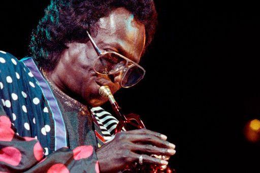 Miles Davis, en 1989... (PHOTO BERTRAND GUAY, ARCHIVES AGENCE FRANCE-PRESSE)